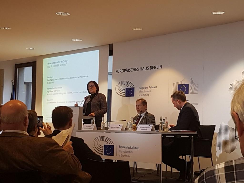 Birgit Sippel MdEP (SPD), Mitglied des EU-Ausschusses für Bürgerliche Freiheiten, Justiz und Inneres (LIBE) beim EP-Berichterstatter Dialog in Berlin